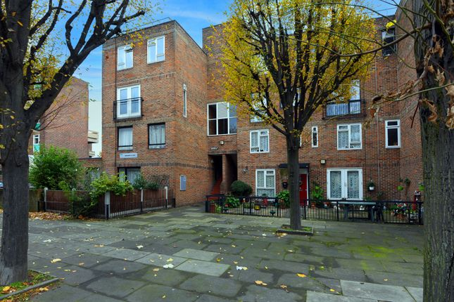 Thumbnail Maisonette to rent in Warner Place, London