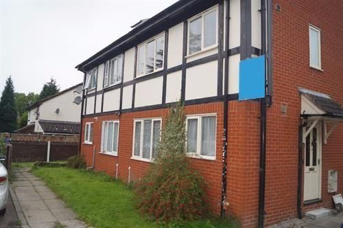 Thumbnail Town house to rent in Ellen Wilkinson Crescent, Belle Vue