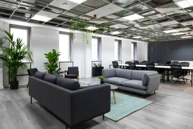 Office to let in Hewett Street, London