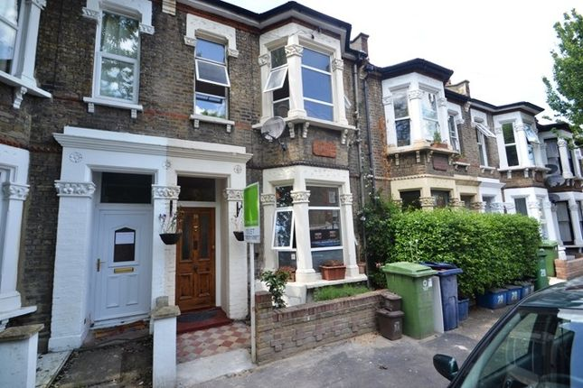 3 bed terraced house to rent in Dayton Grove, Peckham SE15