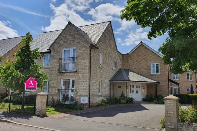 Thumbnail Flat for sale in Somerford Road, Cirencester
