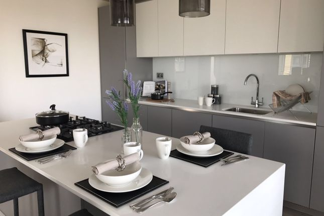 Thumbnail Flat to rent in Canning Town, London