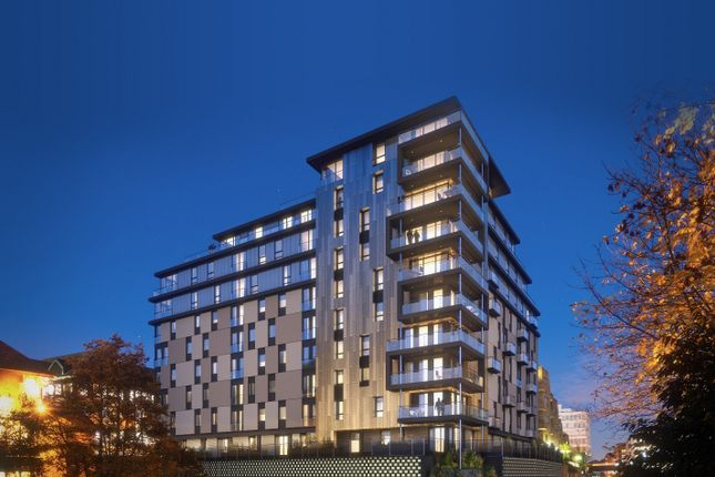 Thumbnail Flat to rent in Kennet House, Kings Road, Reading