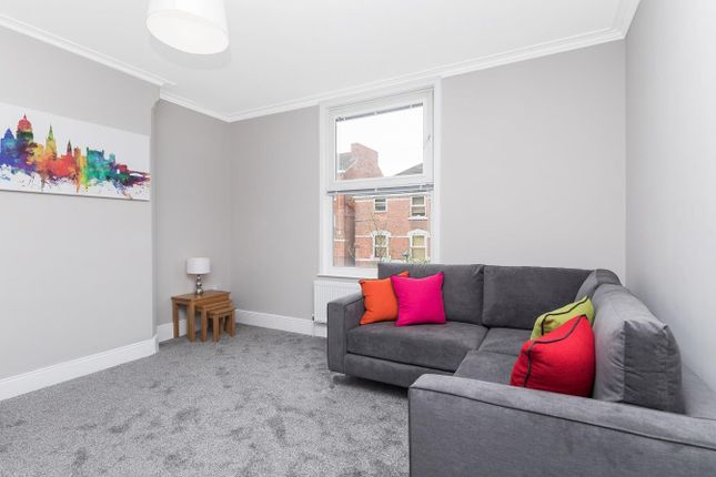 Thumbnail Property to rent in Sheringham Road, Manchester