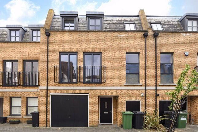 Thumbnail Property for sale in Parsons Gate Mews, London