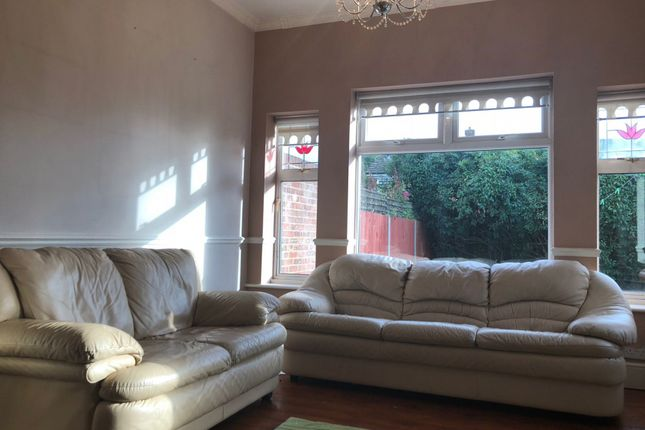 Thumbnail Semi-detached house to rent in Towers Avenue, Hillingdon, Uxbridge