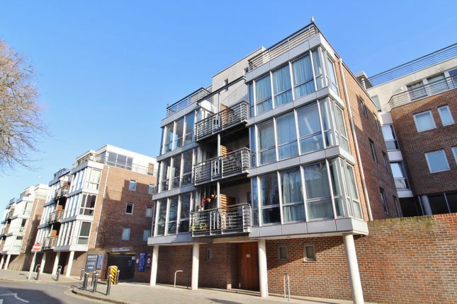 1 bed flat to rent in Admiralty Road, Portsmouth PO1