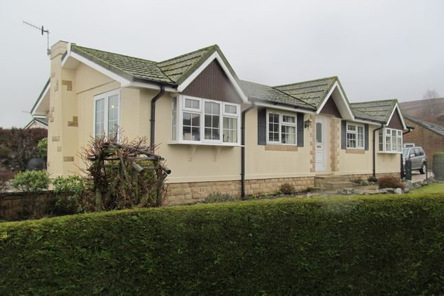 Thumbnail Mobile/park home for sale in Dales View Park (Ref 5843), Salterforth, Barnoldswick, Lancashire