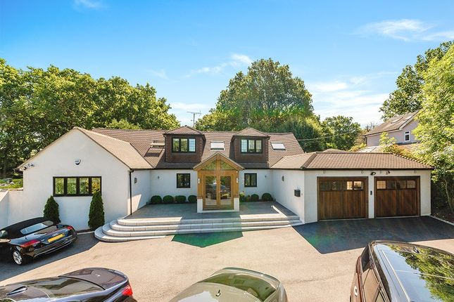 Thumbnail Detached house for sale in Rydons Lane, Coulsdon