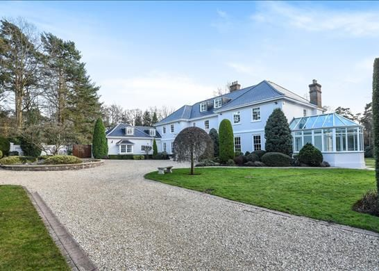Thumbnail Property to rent in South Drive, Virginia Water, Surrey