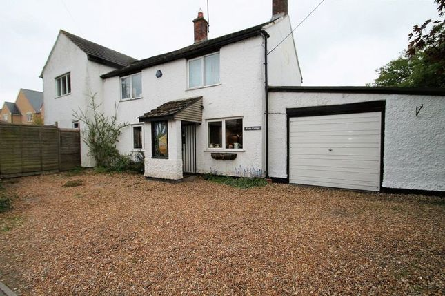 Thumbnail Detached house for sale in Leighton Road, Northall, Buckinghamshire