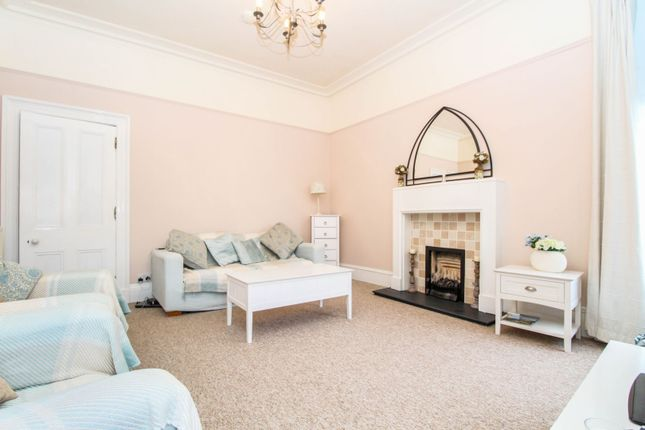 Lounge of King Street, Aberdeen AB24