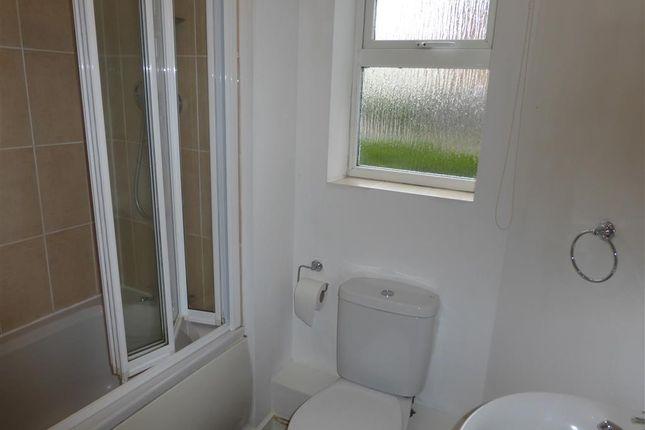 Bathroom of Deer Way, Horsham RH12