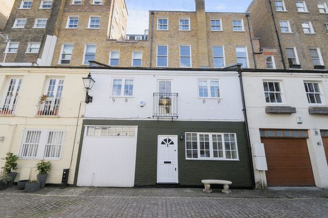 2 bed terraced house to rent in Lancaster Mews, London