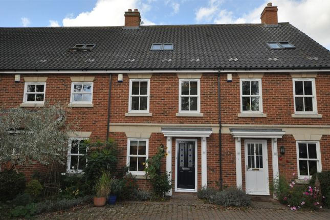 Thumbnail Mews house to rent in Saxon Place, Bungay