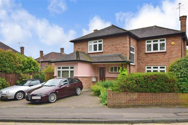 Thumbnail Detached house for sale in Glen Rise, Woodford Green, Essex
