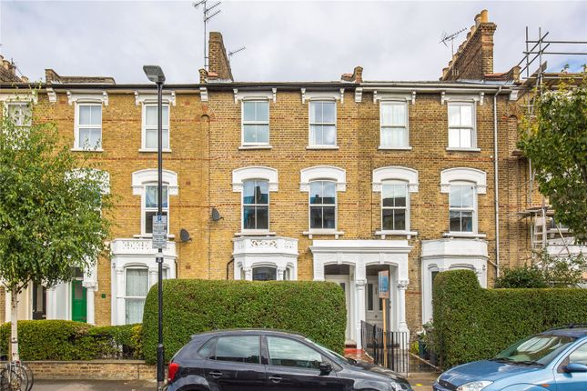 Thumbnail Terraced house for sale in Victoria Road, Stroud Green, London