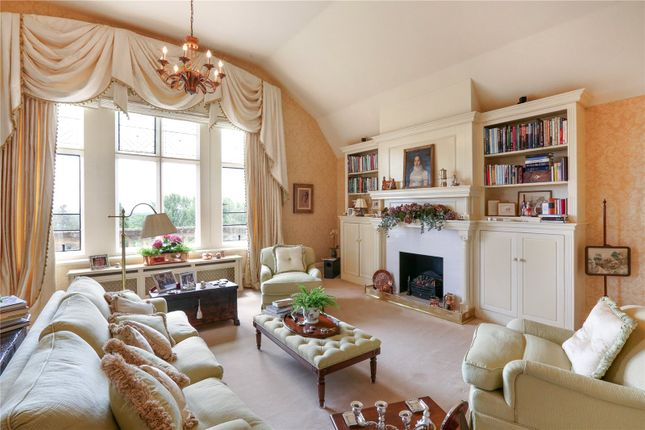 Thumbnail Flat for sale in Wyfold Court, Lime Avenue, Henley-On-Thames, Oxfordshire