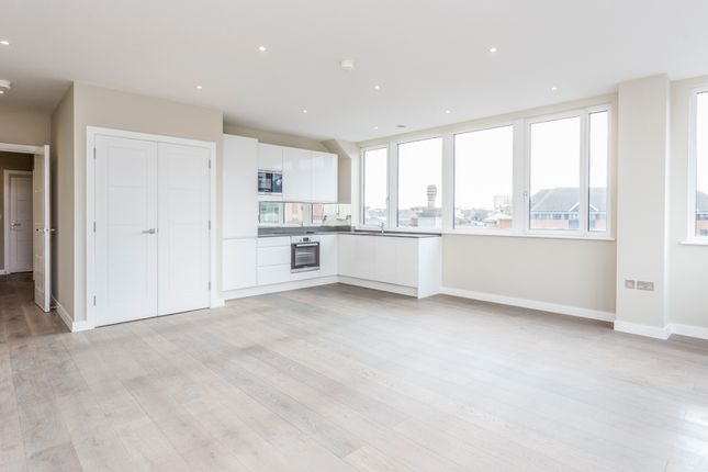Thumbnail Flat for sale in High Street Bromley, London