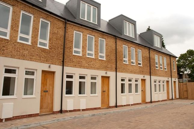 Thumbnail End terrace house to rent in Paddock Gardens, London