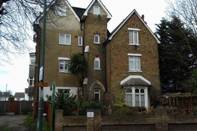 Thumbnail Flat to rent in Woolwich Road, Belvedere