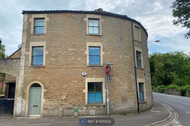 2 bed semi-detached house to rent in Welshmill Road, Frome BA11