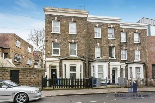 3 bed flat for sale in Dawes Street, London