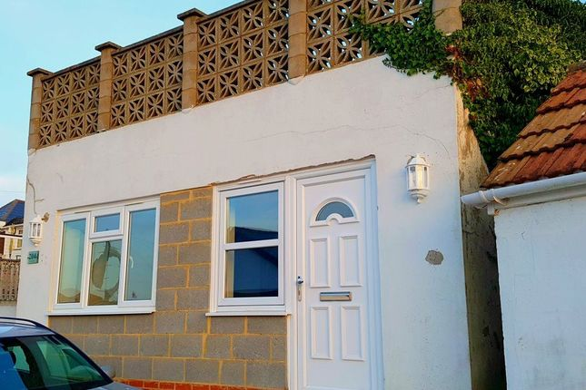 Thumbnail Flat to rent in Coast Road, Pevensey Bay