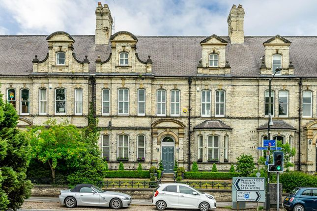 Thumbnail Town house for sale in Clifton, Bootham, York