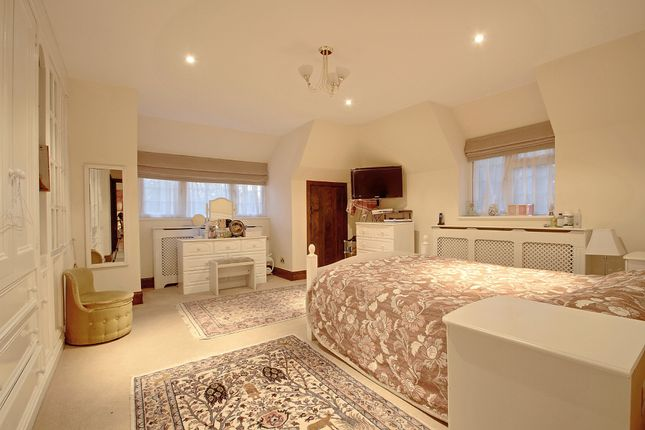 Master Bedroom of South View Road, Pinner HA5