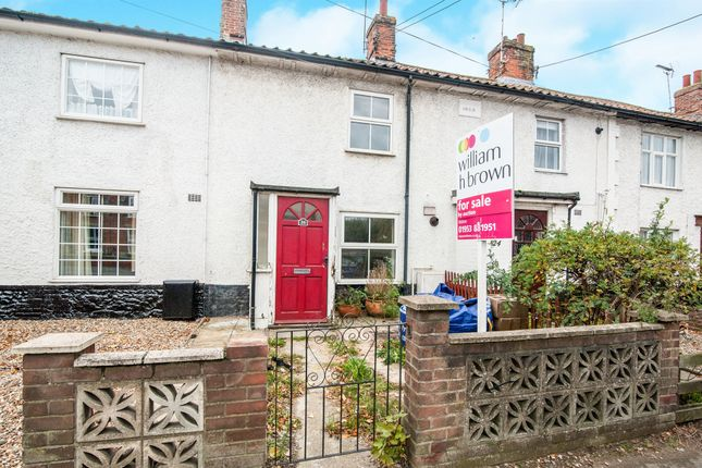 2 bed terraced house for sale in Norwich Road, Watton, Thetford