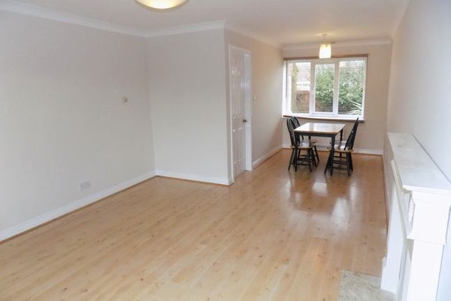 3 bed property to rent in Rishworth Grove, York