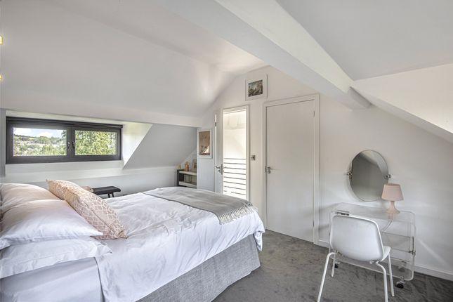 Master Bedroom of Grosvenor Villas, Bath, Somerset BA1