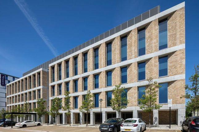 Thumbnail Office to let in Victoria House, Avebury Boulevard, Central Milton Keynes, Milton Keynes