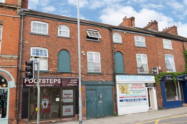 Thumbnail Flat to rent in North Street, Grantham