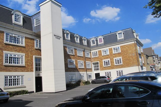 Thumbnail Flat to rent in Brompton Court, Tweedy Road, Bromley