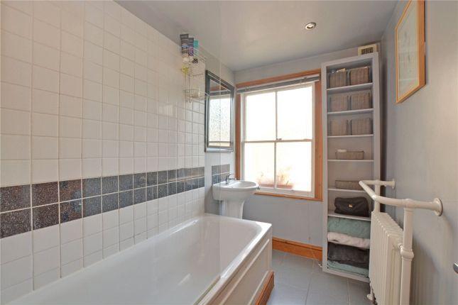 Bathroom of Burgos Grove, Greenwich, London SE10