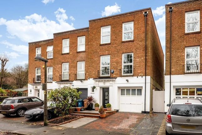Thumbnail Town house for sale in Stanmore, Middlesex