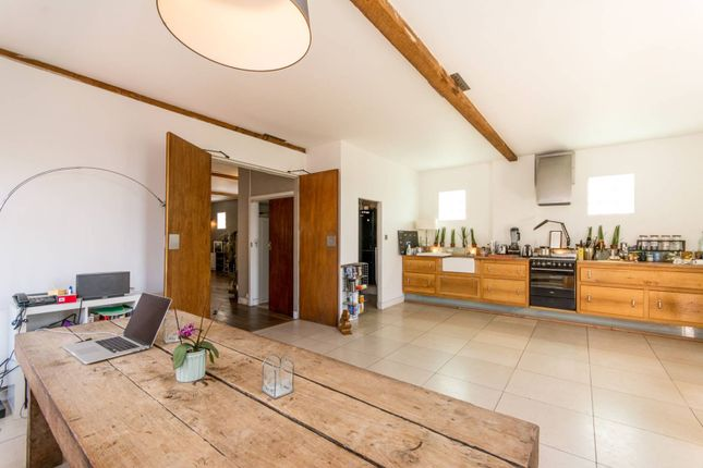 Thumbnail Property to rent in Wakeman Road, Queen's Park