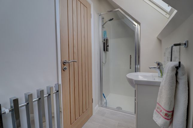 Top Shower Room of Burrell Close, Holt NR25