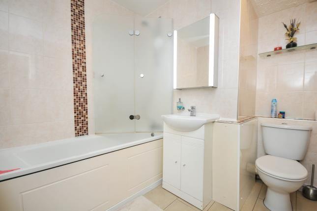 Bathroom of Pampisford Road, South Croydon CR2