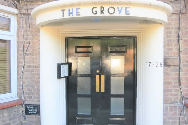 Thumbnail Flat to rent in The Grove, St. Margarets Road, St Margarets, Twickenham