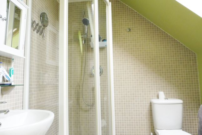Master En-Suite of Mayflower Way, Wombwell S73
