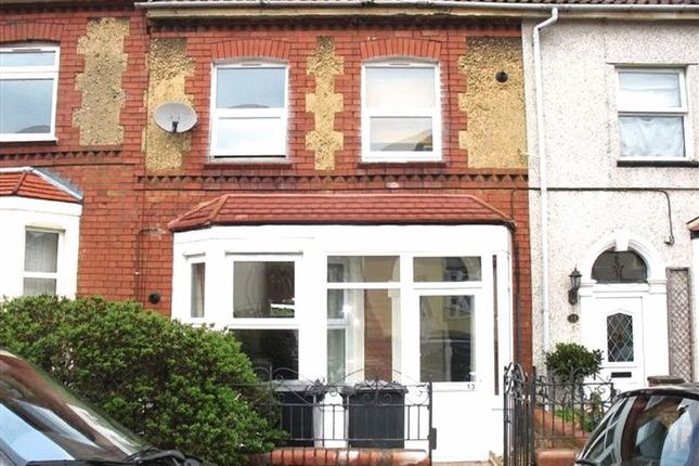 Thumbnail Flat to rent in Worcester Road, Kingswood, Bristol