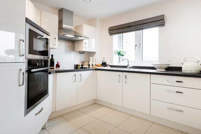 Thumbnail Flat for sale in Devonshire Avenue, Roundhay, Leeds
