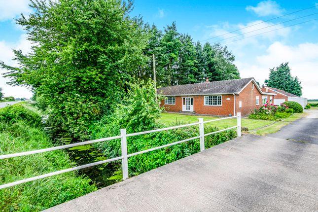 Thumbnail Detached bungalow for sale in Pelfintax, Westwoodside, Doncaster