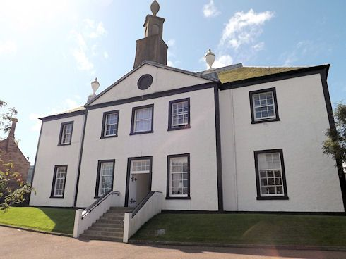 Thumbnail Flat for sale in Castlehill Mansions, Campbeltown