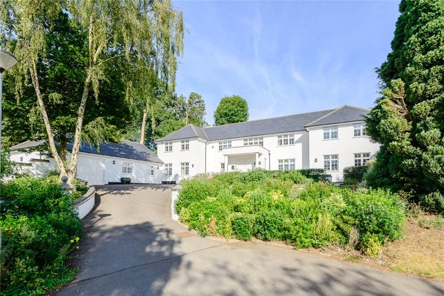 Thumbnail Detached house for sale in The Leas, Hemel Hempstead, Hertfordshire