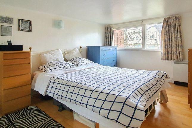 2 bed maisonette for sale in Bakers Field, London N7