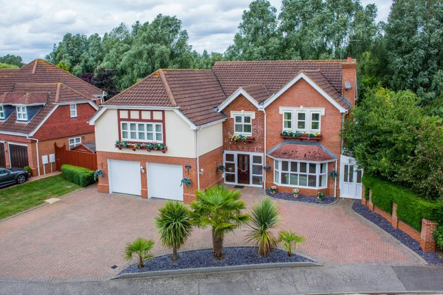 Thumbnail Detached house for sale in Belfry Lane, Collingtree Park, Northampton
